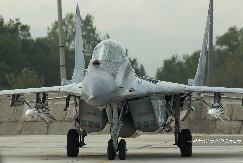 MiG-29-R-27